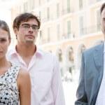 tre business forte accanto insieme un ufficio classico edificio della città in una giornata di sole — Foto Stock