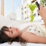 Woman using smartphone — Stock Photo #42534465