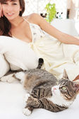 Woman with  cat — Stock Photo