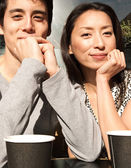 Couple sitting  at  coffee shop — Stockfoto
