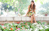 Woman  in  botanic park — Stock Photo