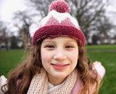 Aantrekkelijke jonge meisje — Stockfoto