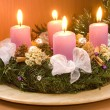 Christmas wreath with violet candles — ストック写真
