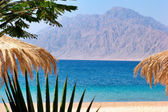 Egypt Nuweiba - beach with mountains at Reds sea — Stock Photo