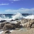 Impact of waves against rocks — Stock Photo
