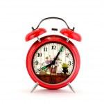 reloj de alarma rojo con dial floral — Foto de Stock