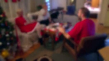 Christmas evening timelapse - six hours long. Blurred faces! — Vídeo Stock