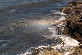 Regnbågens färger vattenspray — Stockfoto