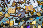 Padlocks on Ponts des arts, Paris — Stock Photo