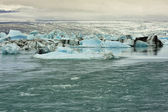 Flow from Jokulsarlon Glacier Lake, Iceland — Stockfoto