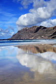 Famara beach, Lanzarote, Canary Islands, Spain — Stok fotoğraf