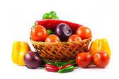 Различные овощи, изолированные на белом фоне — Стоковое фото