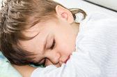 睡着的男孩儿子 — 图库照片