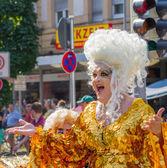 Gyllene drag queen på christopher street day — Stockfoto