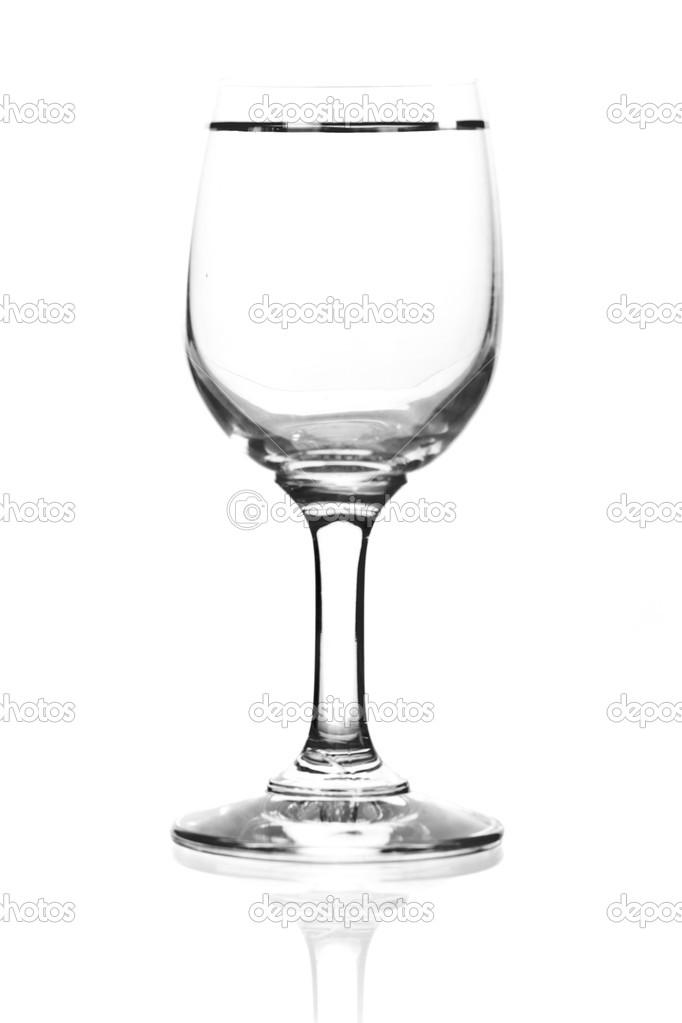 单个空酒杯.在白色背景上的隔离.黑白图像 — 照片作者 brzusio