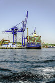 Cranes and cargo containers at Haydarpasa port — Stock Photo