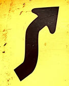 žlutá silnice znamení upozornění obrátit — Stock fotografie
