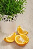 Masanın üzerine portakal — Stok fotoğraf