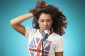 Singing Woman with Retro Microphone. Beauty Glamour Singer Girl. — Foto de Stock