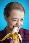 バナナの女の子 — ストック写真