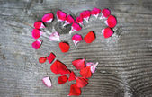 Valentines concept heart made with flowers — Stock Photo