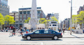 Royal Princess Beatrix with friend in Volvo driving trough Amsterdam — Stock Photo