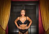 Tough girl in sexy lingerie — Stock Photo