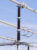 высоковольтные изоляторы — Стоковое фото