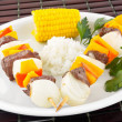 Shish kebab dinner — Stock Photo