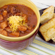 Chili and Cornbread — Stock Photo