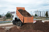 The Dumper Truck Unloading — Stock Photo