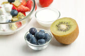 Fruites mix with cream — Stock Photo