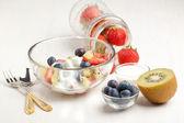 Fruites mix with cream — Stock Photo
