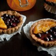 Sweet tartlets with fruit jelly — Stockfoto