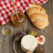 White cheese with figs and bread - Stok fotoraf