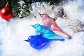 Trzy świąteczne zabawki szkło ptaków — Zdjęcie stockowe