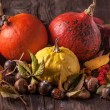Pumpkins with acorns and leaves — Stock Photo
