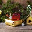 Christmas decoration with nesting box — Stock Photo