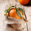 Tangerine with leaves — Foto de Stock