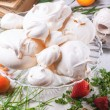 Meringue with apricot and strawberry — Stock Photo #47133635