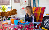 Teen girl having breakfast — Stock Photo