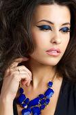 Portrait of beautiful brunet woman — Stock Photo