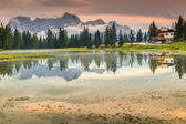 Alpine lake in Dolomites and Sorapis mountain group,Lago di Antorno — Stock Photo