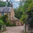 English Country Stone Cottage — Stock Photo