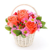Flowers in basket — Stockfoto