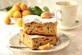 Slices of pie with apricots, cake — Stock Photo
