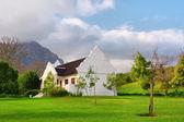 Geleneksel cape hollandaca yağmur sonra ev — Stok fotoğraf