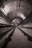 Deep metro tunnel — Zdjęcie stockowe
