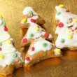 Gingerbread Christmas trees with ornaments — Stock Photo