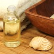 Oil and shell spa — Stock Photo #26917391